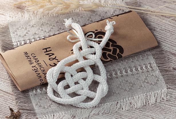 науз на любовь, наузы на руку плетение